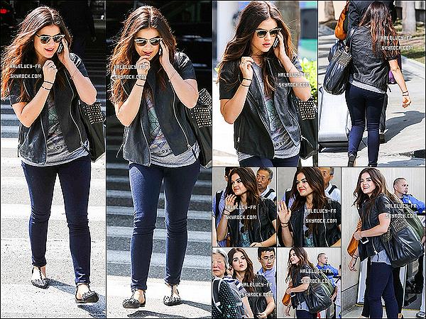 """. 13/08/2013 : Notre menteuse préféré j'ai nommé Lucy, quittant l'aéroport «LAX»  après son séjour a N-Y.   Plus voici quelques Stills de l'épisode 4x11 """"Bring Down The Hoe"""" qui sortira le 20 Août au US ainsi que le Trailer. ."""
