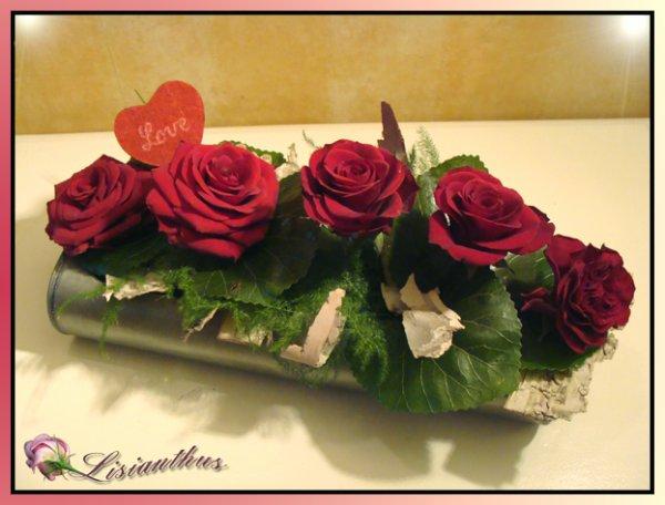 Composition de table love art floral bouquet - Comment faire composition florale avec mousse ...