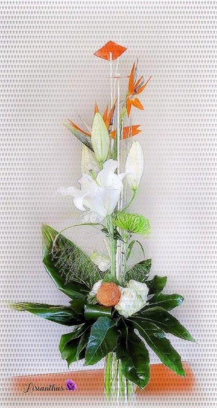 bouquet à la main