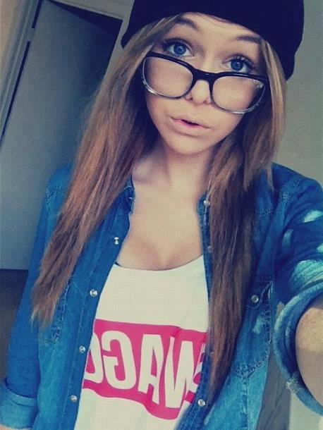 ♥ Il y en a qui me trouve belle, d'autre non. ♥