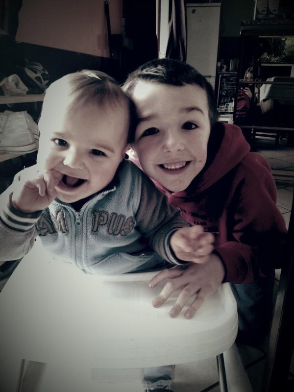 Mes neveux Lorenzo & Mathèo <3
