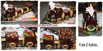 Gâteau train que j'ai réalisé pour qu'audran fête son anniversaire à l'école avec ses copains !