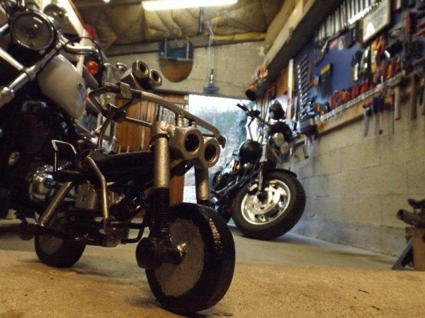 Sculpture Harley Fat Bob Par Falko