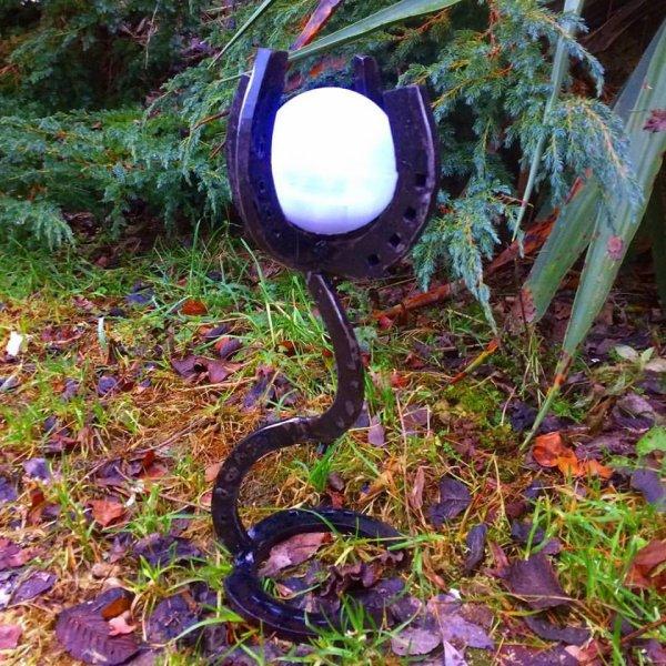 lampe solaire avec fer à cheval