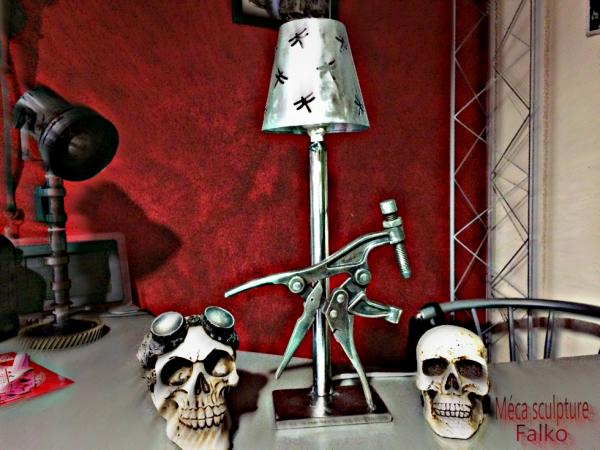 Nouvelle création Lampe avec outils