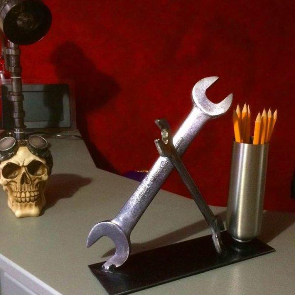 accessoire de bureau original par Meca Sculpture Falko