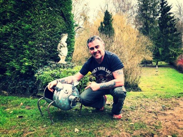 Brasero cochon avec bouteille de gaz 13kg par Falko