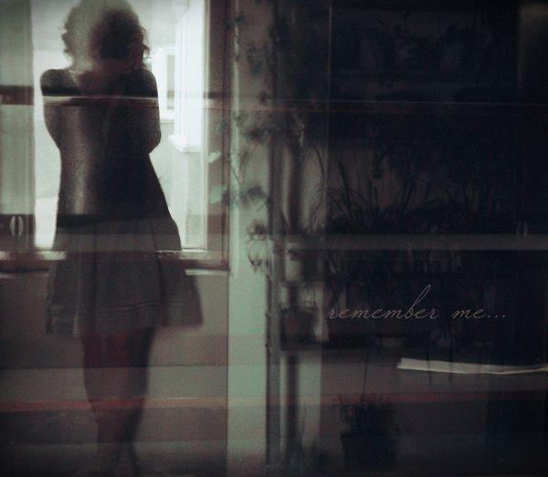 J'sais plus si je rêve encore, Ou si les songes mêmes sont morts. J'sais plus si je t'attends, Ou si je fais juste semblant..