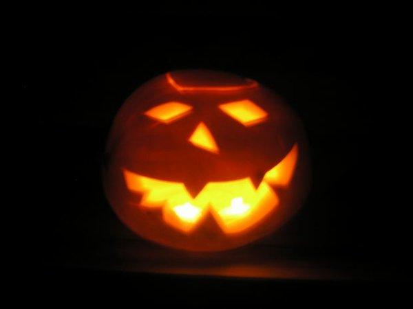 Que faire si un gamin essaie de vous racketter le soir d'Halloween?