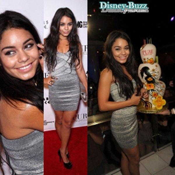 ** 2 ème Article : La maison Familiale des Cyrus est a vendre pour 7 milion de dollars !  & L'anniversaire de la belle Vanessa Hudgens au Pure Nightclub de Las Vegas ! Rien que çà !! .   **