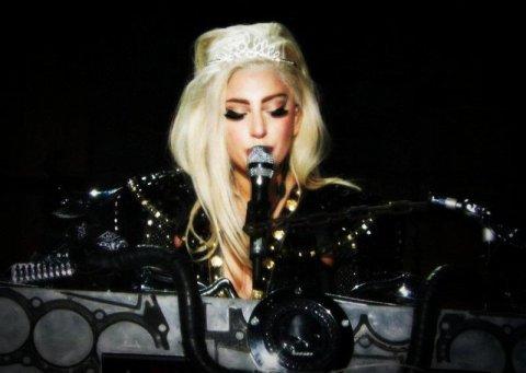 Gaga †