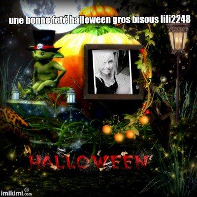 encore cadeau pour mes amies bonne feté halloween gros bisous ps regade bien apres les cadeau mes et amies amis