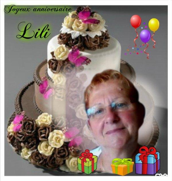 un très joyeux anniversaire a mon amie Lili et un très joyeux noël bisous bisous
