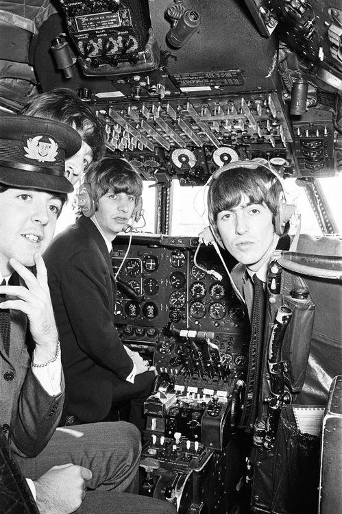 Les Beatles en mode pilote d'avion