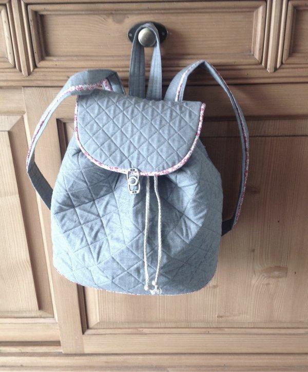 la un sac à dos pour Léonie la petite puce de ma nièce C'est pour aller chez la nounou ..