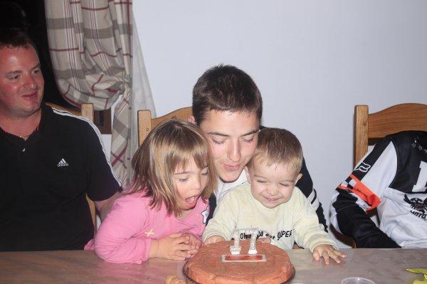 1er soir: anniversaire de Julien