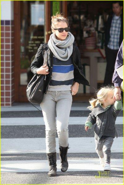 Jessica Alba le 27 novembre à Beverly Hills