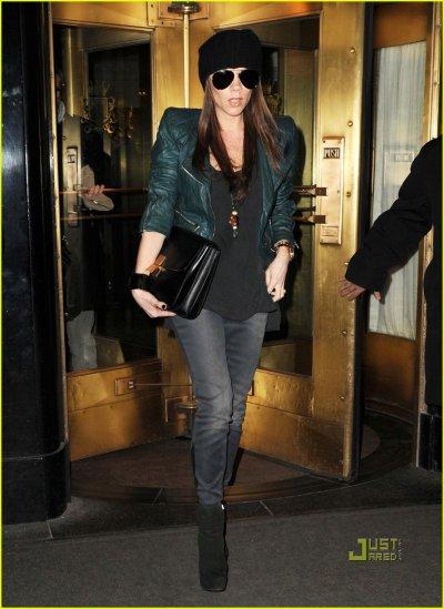 Victoria Beckham quitte son hotel à NYC