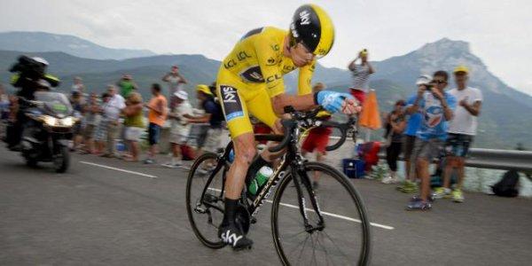 Christopher Froome vainqueur d'étape.