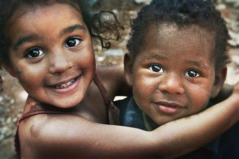 Vivre sa vie avec le sourire ; tels est mon principes.