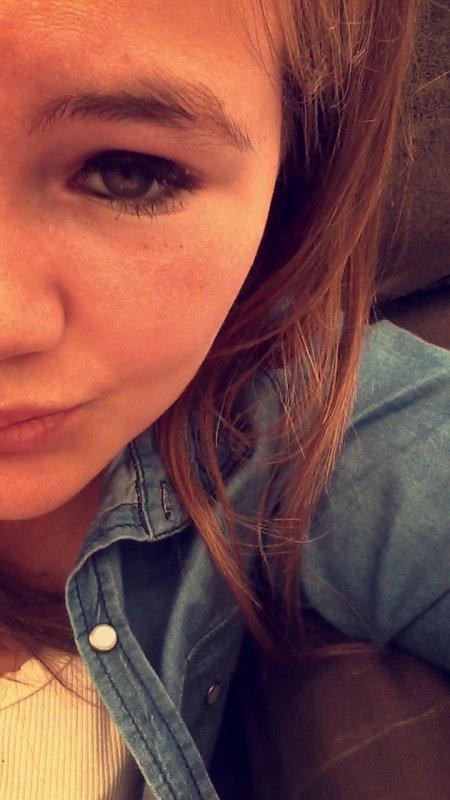 La photo d'une belle fille fille raporte 10kiff et la photo d'un thon qui montre ses seins ou son cul raporte 500kiff euh....mais what quoi ?!