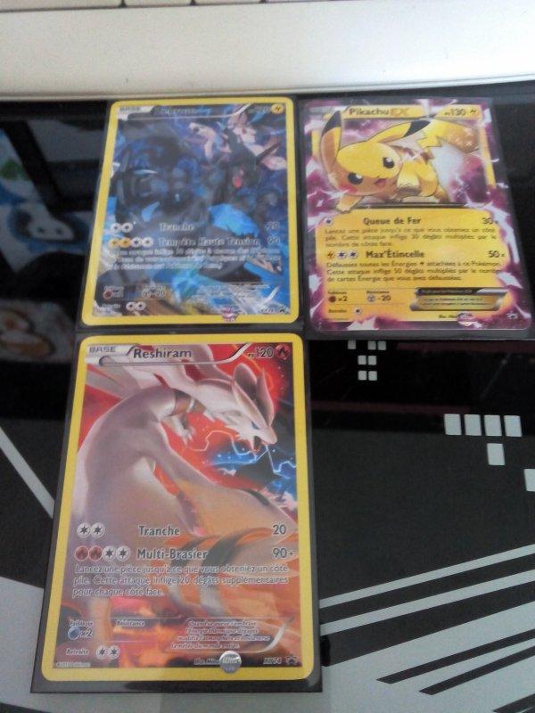mes cartes promotions des mes 2 coffret pokemon (pikachu ex et hoopa ex)