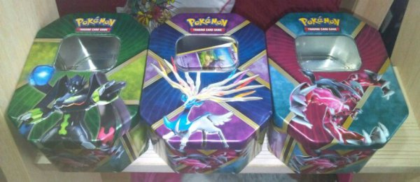 Pokebox yveltal ex shiny, xerneas ex shiny et zygarde ex forme 100%