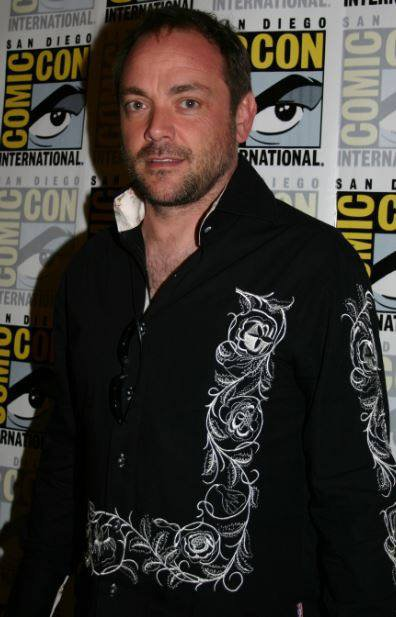 Mark Sheppard ( Crowley )