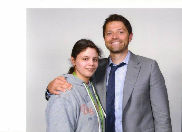 voila ma premier photo avec Misha Collins prise cette année a ASYLUM12