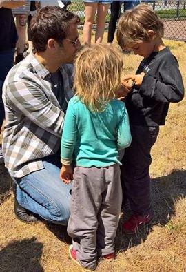 voici quelles photo ds enfant de Misha qui ont vraiment bien grandi depuis je vous est mi les derniere photo