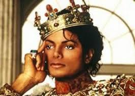 Michael jackson toujour le roi de la pop.