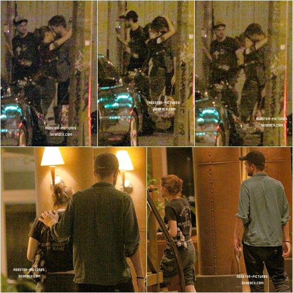 *ENFIN ! VOILA LA PREUVE QUE LE COUPLE ROBSTEN EXISTE VRAIMENT !! Après des mois d'attente, de rumeurs en tout genre, Kristen et Rob s'affichent en amoureux dans les rues de Montréal. Ces photos nous montrent un couple des plus amoureux et sa fait plaisir à voir ! Ce 16 août 2010 restera dans nos mémoires, ça j'en suis sure ! *