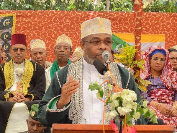 Le gouverneur ANISSI honore ses engagements