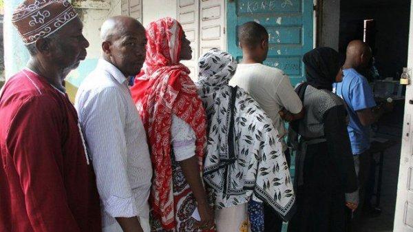 Comores : la présidentielle partielle de mercredi est susceptible de faire basculer les résultats
