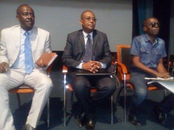 Palais du peuple: A la veille de l'ouverture de la session d'octobre 2016, Le Président de l'Assemblée de l'Union des Comores a procédé à un changement au niveau du secrétariat général.