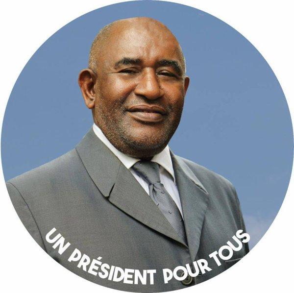 Echauffourées au Lycée : Le Président Azali Assoumani exige de l'Armée un rapport circonstancié des faits.
