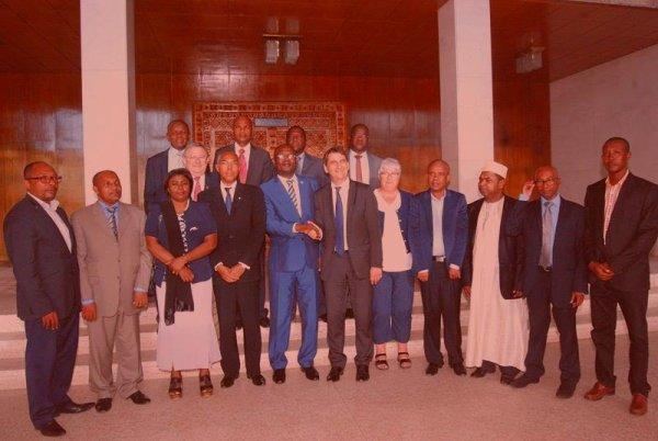 Droit de reponse: Le Dr Abdou HOUSEIN, un président rassembleur