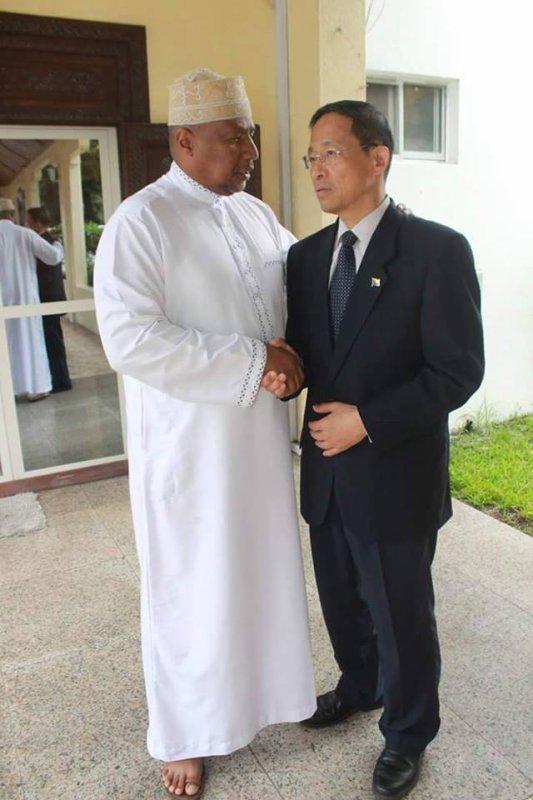 Diplomatie: Vas-y mon pote, telle est la conception du chargé du protocole et de la communication de la présidence