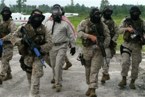 Des mercenaires marocains autour du colonel AZALI