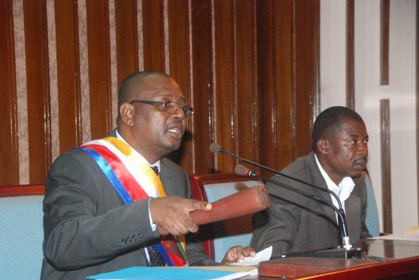 Crise à l'Assemblée Nationale: Abdou OUSSEIN a-t-il encore sa légitimité en tant que président?