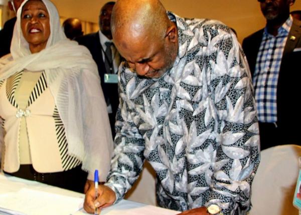 Loi d'habilitation : AZALI  a décidé de passer outre le vote des députés
