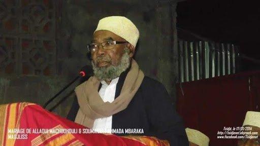 Mtsantsawuwo wa siasa : Analyse politique :Le grand Mufti aurait-il déjà au paradis ?