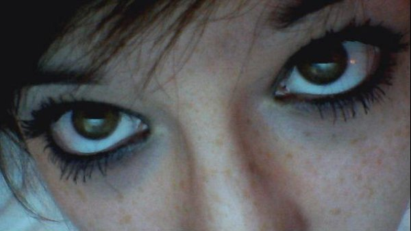 C'est dans tes yeux que je vois mon avenir :$