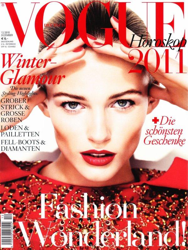 . Edita Vilkeviciute ■■ Vogue Allemagne Décembre 2010.
