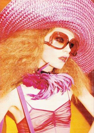 . Caroline Brasch Nielsen | Marc Jacobs S/S 11 (Eyewear) by Juergen TellerJ'aime beaucoup l'overdose de couleur