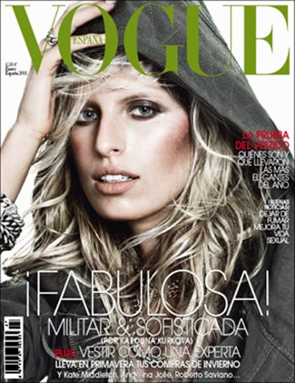 . Karolina Kurkova | Vogue Espagne Janvier 2011Une couverture avec du style!