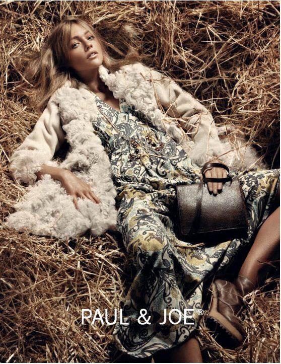 Sasha Pivovarova | Paul & Joe F/W 2011 - 2012