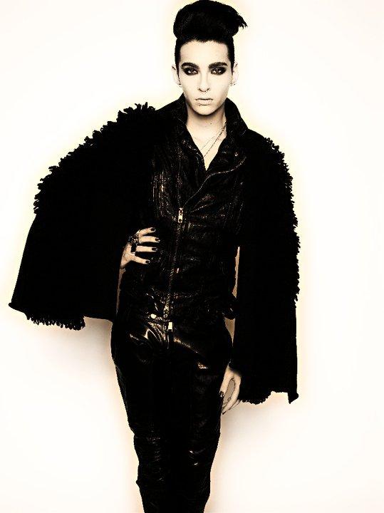 .   . . Schwarzlicht-Yaoi .   . . C H A P I T R E 3