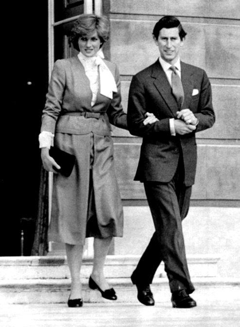 Diana & Charles - Engagement, Buckingham Palace _ 24 Février 1981