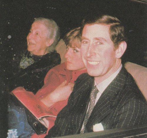 Diana commence sa vie publique _ & _  Quelques images de Diana